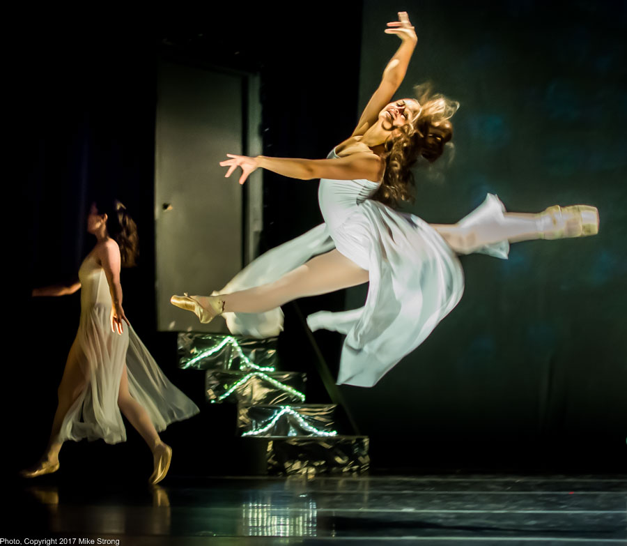 Photo by Mike Strong (KCDance.com) -