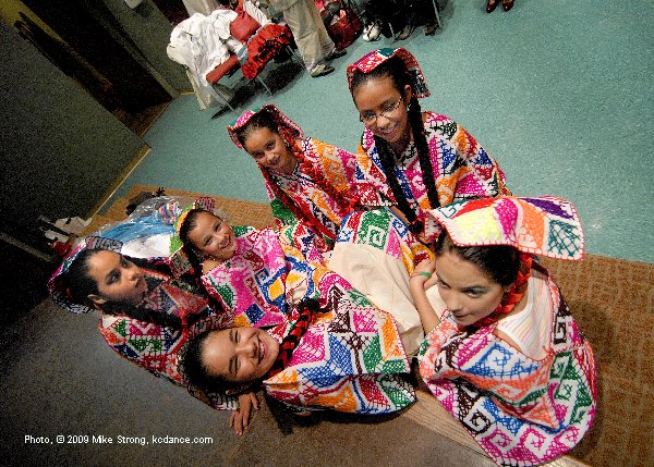 Pre-Show young dancers - El Grupo Folklorico Atotonilco 30th Anniversary at Guadalupe 25 September 2009 - photo, copyright 2009 Mike Strong