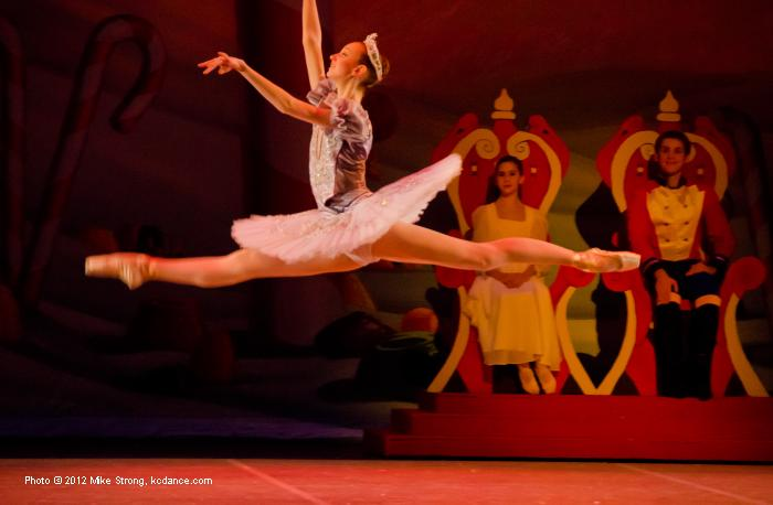 Arel Taylor as (7pm) Sugar Plum Fairy with Mallerie Moore (7pm) Clara and Joseph Flickner as Nutcracker Prince.