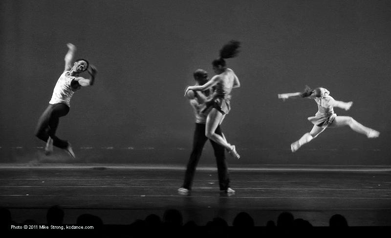 Born to Run (Bruce Springsteen) choreo by the company - Jerome Stigler, Ed Franklin, Purcell Turner, Jessica Higgins - photo by Mike Strong - kcdance.com