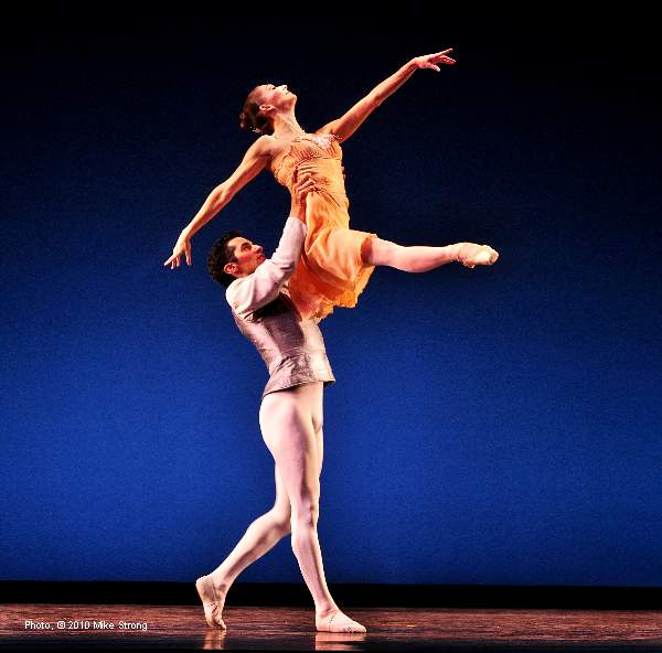 Michael Eaton and Kimberly Cowen in Tchaikovsky Pas de Deux by George Balanchine - Kansas City Ballet  October 2010 - photo copyright Mike Strong - ballet copyright Balanchine Foundation