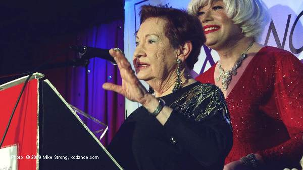 Billie Mahoney and Carol Channing (Richard Skipper) - Dancers Over 40 Legacy awards - Photo Mike Strong
