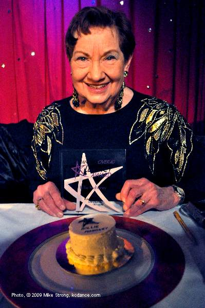 Billie Mahoney with cake and Legacy award from Dancers Over 40 - Photo Mike Strong