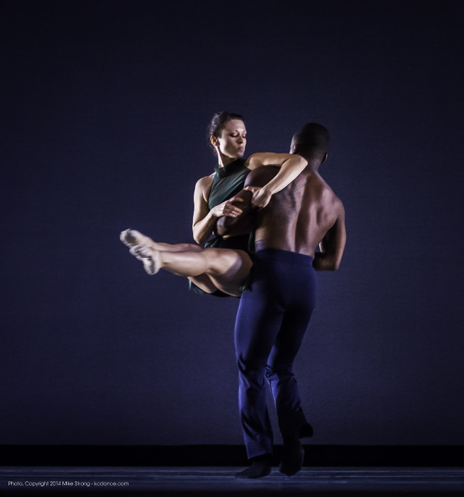 Jessica Higgins and Maleek Washington in Heart Thieves by Robert Moses for Wylliams-Henry Contemporary Dance Co.