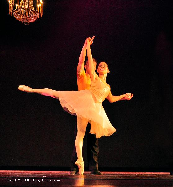 Kelanie Murphy and Michael Tomlinson in La Petit Suite by Mary Pat Henry