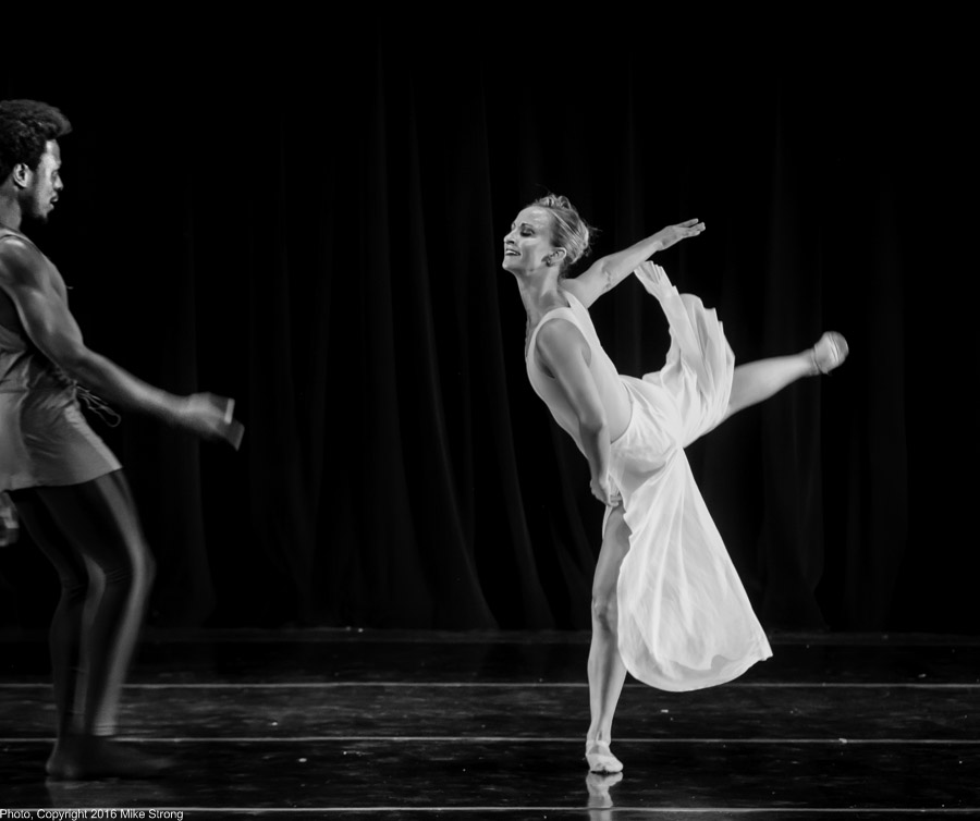 Demetrius McClendon and Holly DeWitt in a duet for Owen/Cox Dance