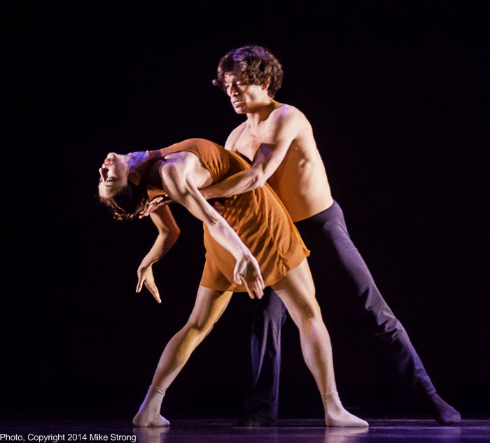 Alessanda Perdichizzi and Edgar Anido in Heart Thieves by Robert Moses - on stage